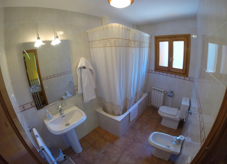 baño habitacion matrimonio I